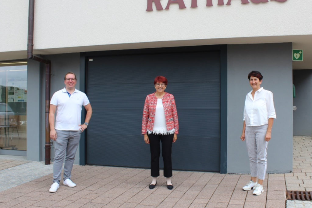 Von links: CDU-Vorsitzender Jan Ebert, Dr. Inge Gräßle, Burgstettens Bürgermeisterin Irmtraud Wiedersatz.