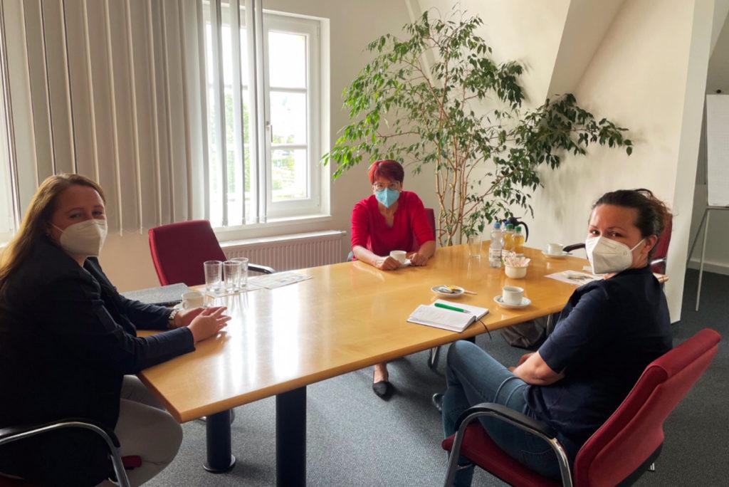 Fachkräfte gewinnen: Gräßle unterstreicht Beitrag der WIRO